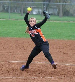 Softball picks up first win at Little Chute