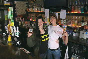 Sisters aim to bring great food, drinks, fun to Brandon bar