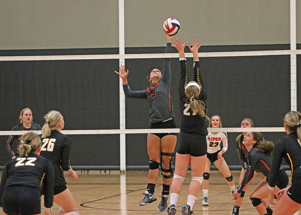 Tiger spikers can't dig out win over Waupun