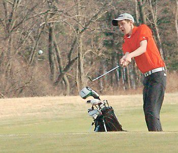 Tiger golfers overcome windy day at Lawsonia to defeat Fox Valley Lutheran