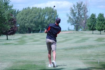 Yeomans work: Senior helps Tiger golf team qualify for sectionals
