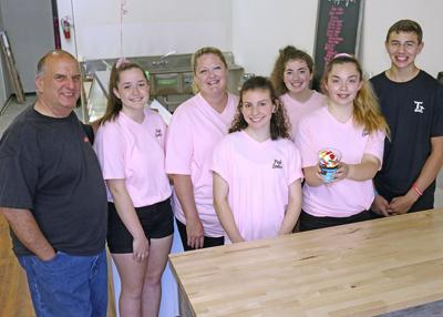 New ice cream parlor opens in downtown Ripon