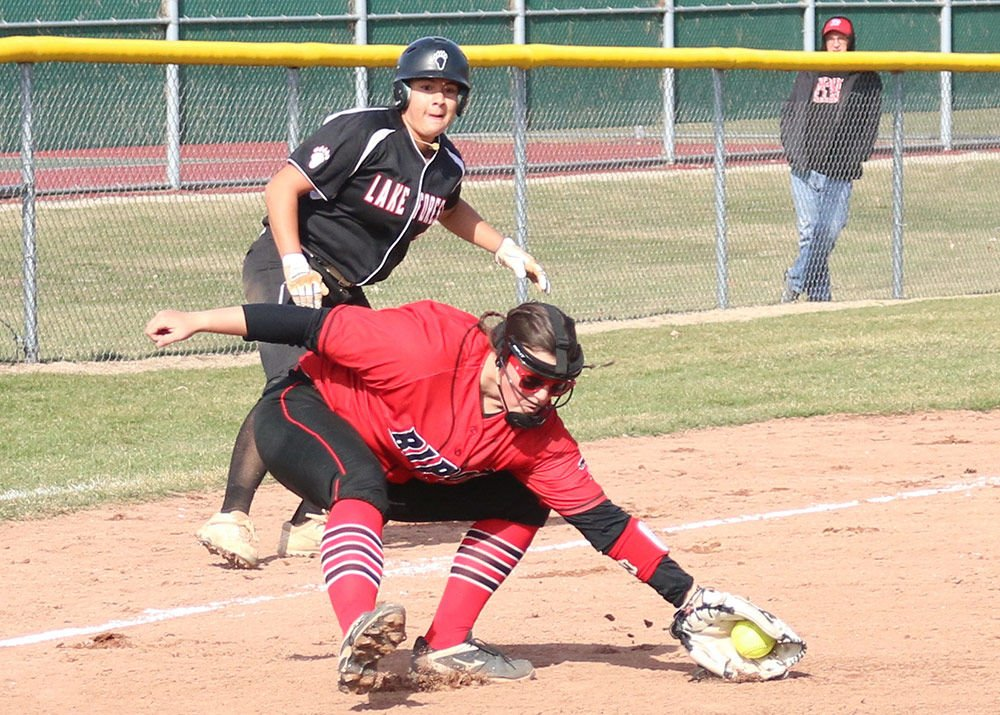 Hawks grounded in losses to Foresters