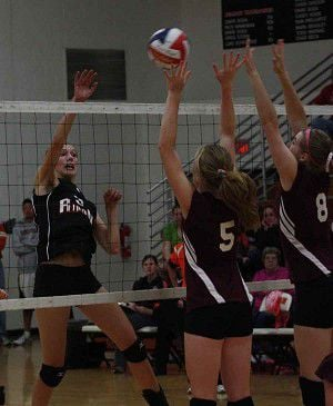 RHS volleyball falters at Clintonville Invite
