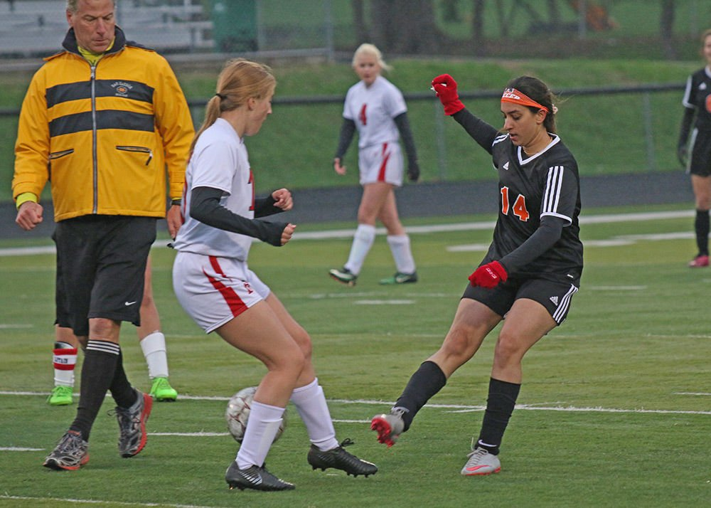 Liz Stanfield's hat trick propels Ripon soccer team past rival Berlin 5-1