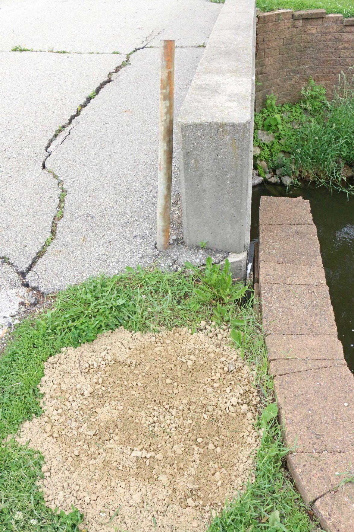 Tygert Street Bridge pothole
