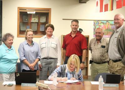 Green Lake swears in new school board member