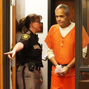 Stellmacher posts $1M bond in attempted murder case
