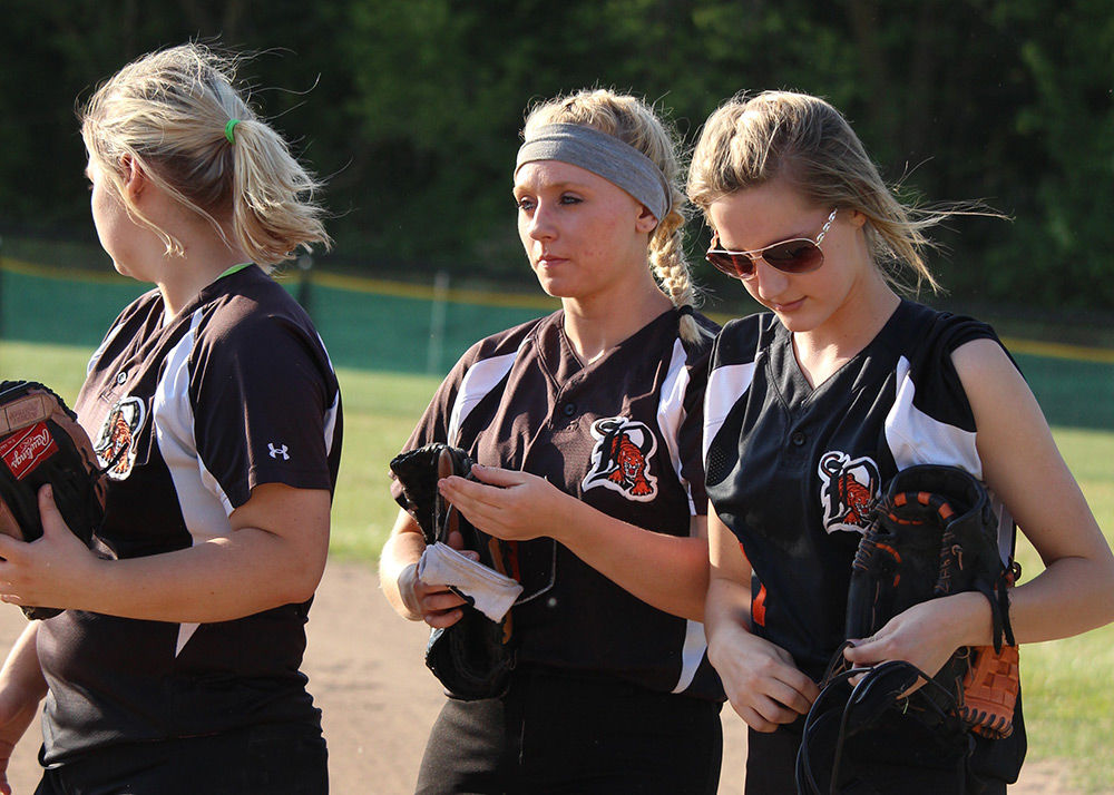 Ripon softball team hangs with Mayville early, falls 11-0 in six innings