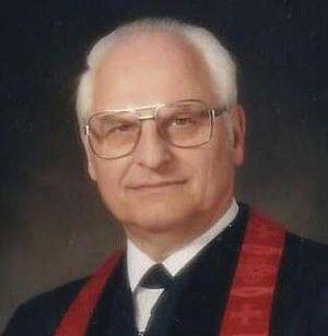 Pastor Alvin R. Aichele
