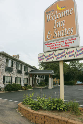 Used cars will be sold, subtly, at Welcome Inn