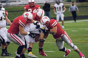 Red Hawks fly away from Buccaneers in 40-14 victory