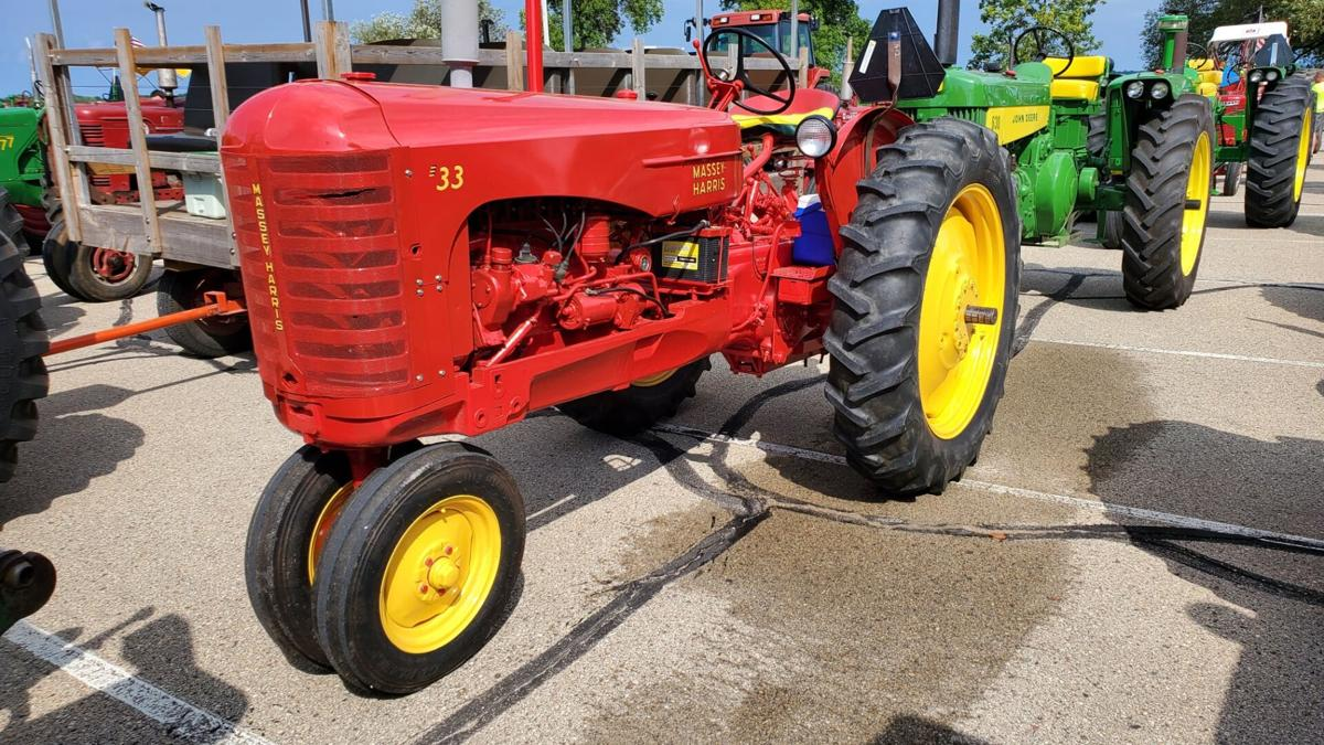 2021 East Central Benefit Tractor Cruise.jpg