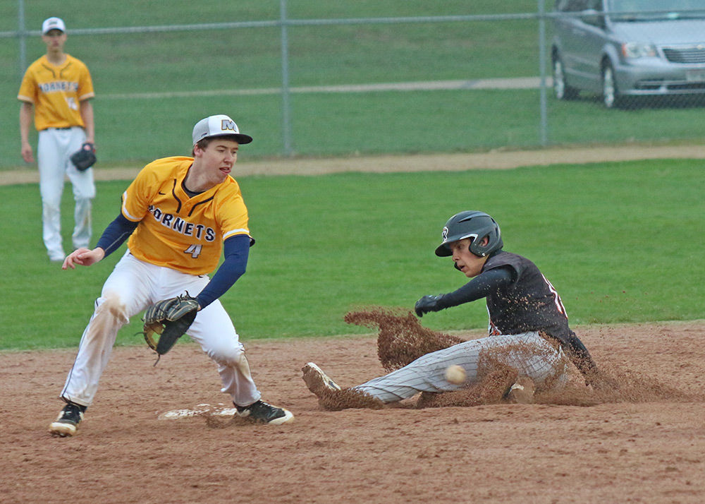 Tigers devour Wolves 13-2 in 5 innings