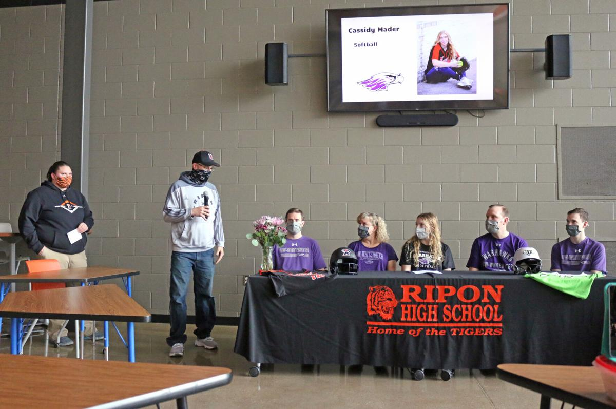 Mader inks intent to play softball at UW-Whitewater (2).JPG