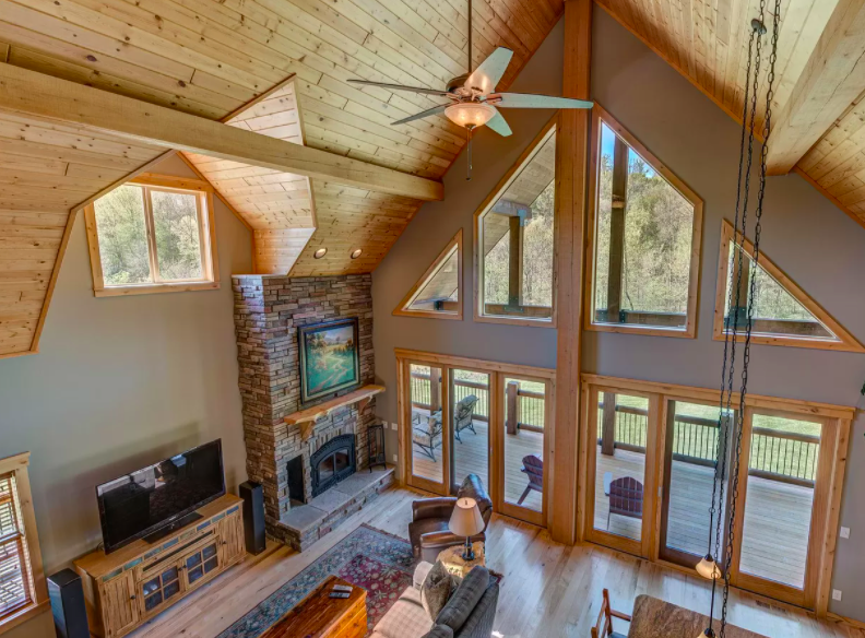 River Falls, Wis. house with vineyard for sale