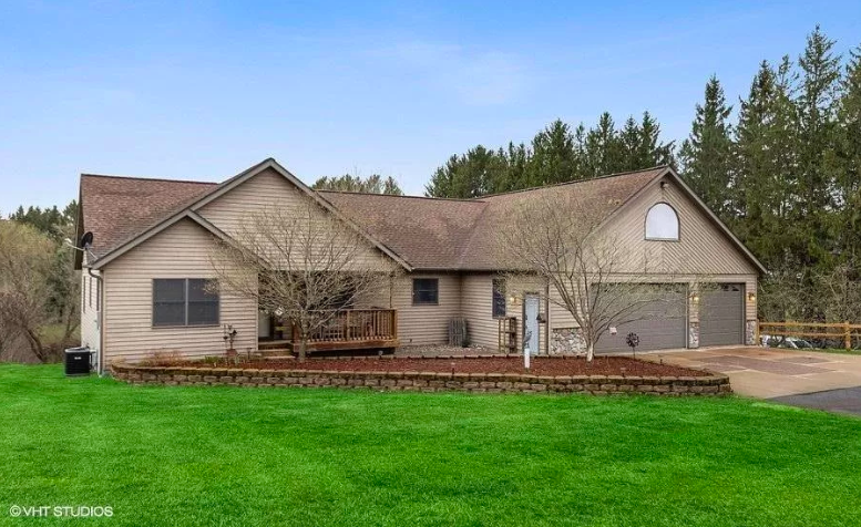 Somerset, Wis. home for sale 1