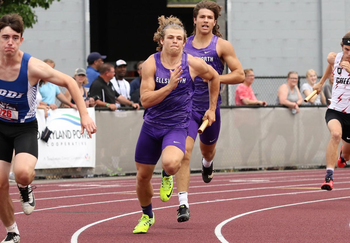 Ellsworth's Bo HInes and Shane Lange 4x200 relay.jpg