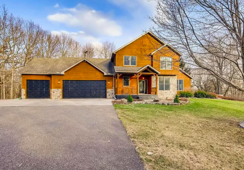 River Falls, Wis. house on 17 acres for sale 1