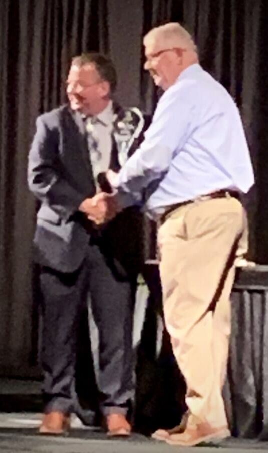 Russellville Police Chief David Ewing receives 2021 Arkansas Safe Schools Leadership Award