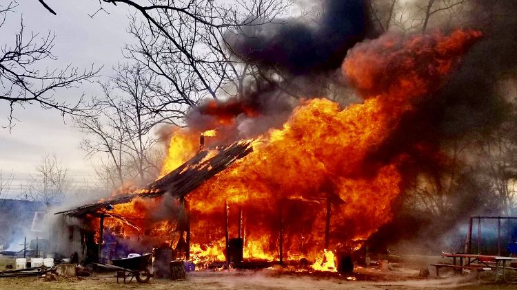 Saturday afternoon fire destroys home on Old Highway 27