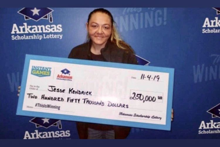 Danville woman wins $250,000 after buying $10 Cash Club ticket at Dardanelle Citgo