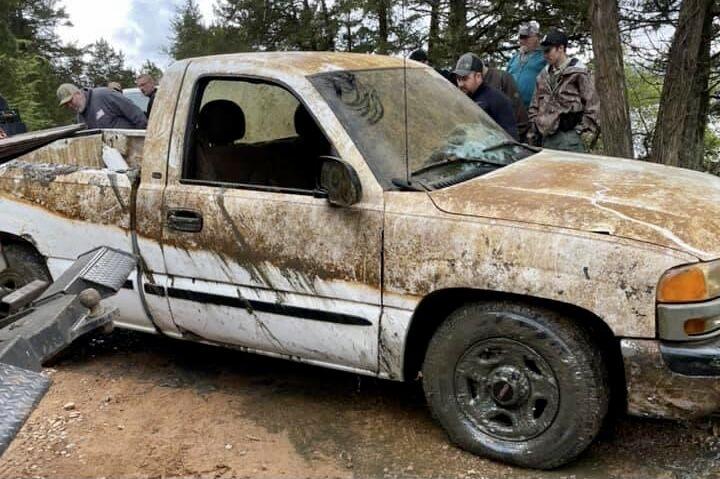 Truck is recovered after found submerged in Spring Lake