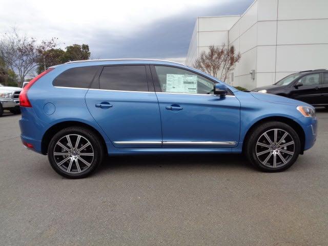 2015 Power blue Volvo XC60 | SUVs | roanoke.com