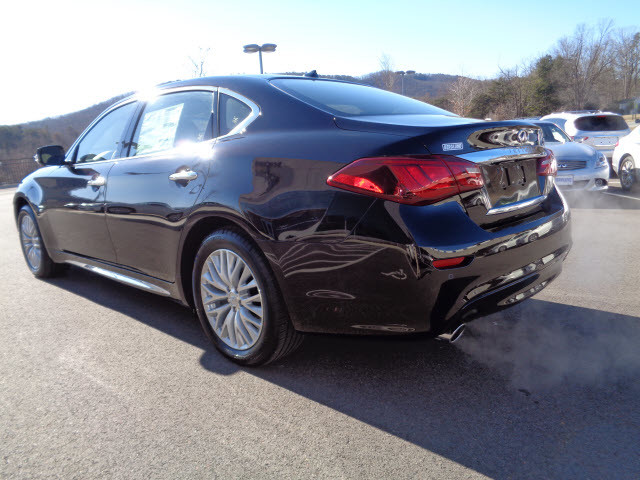 Infiniti Dealers In Va >> 2015 Malbec black Infiniti Q70L | Sedans | roanoke.com