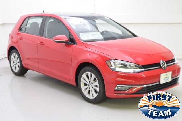 2018 Tornado Red Volkswagen Golf Station Wagons