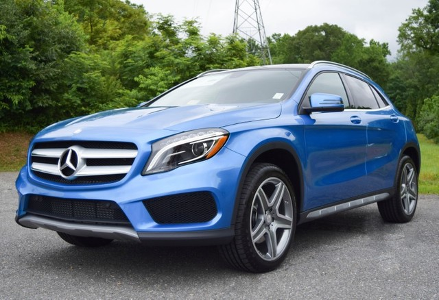 2015 South Seas Blue Metallic Mercedes Benz Gla Class