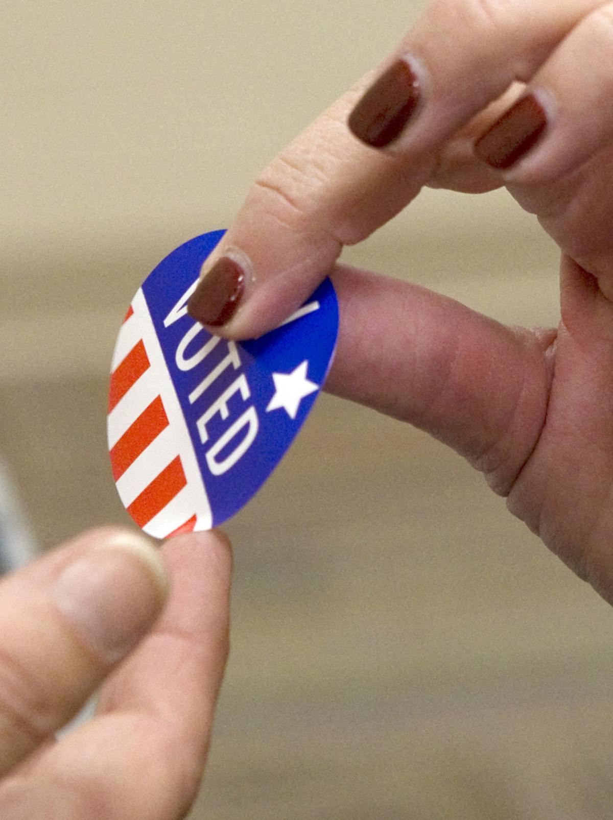 hr votingpolls 110618 p04