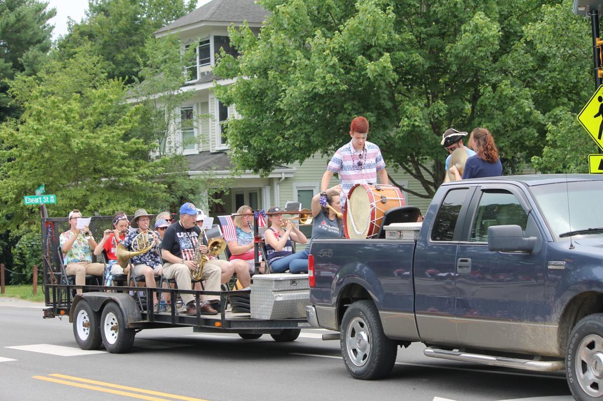 bburg parade bburg band.jpg