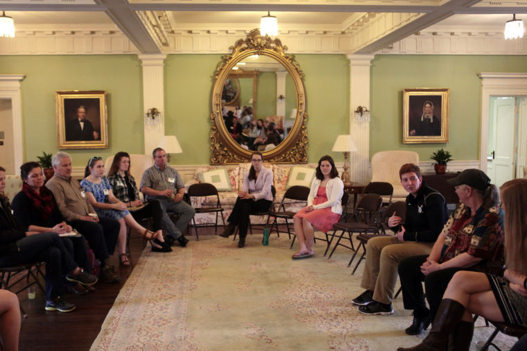 Sweet Briar students meet with Hollins students