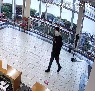 021121_robbery_suspect2