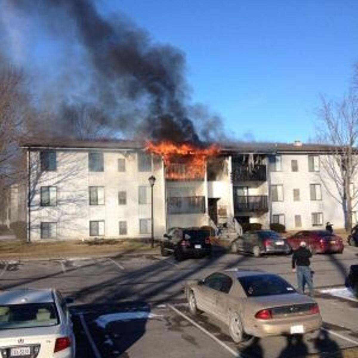 Dozens displaced by fire at Foxridge apartments in Blacksburg