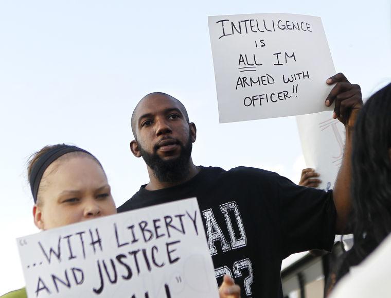 rb nonviolentprotest 081914 p02