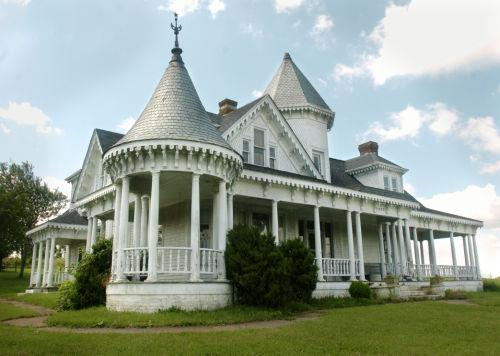 Historic House In Fancy Gap Becomes Gift To Posterity