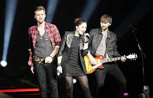 Hey lady a meet and greet tix giveaway columns and blogs lady antebellum m4hsunfo