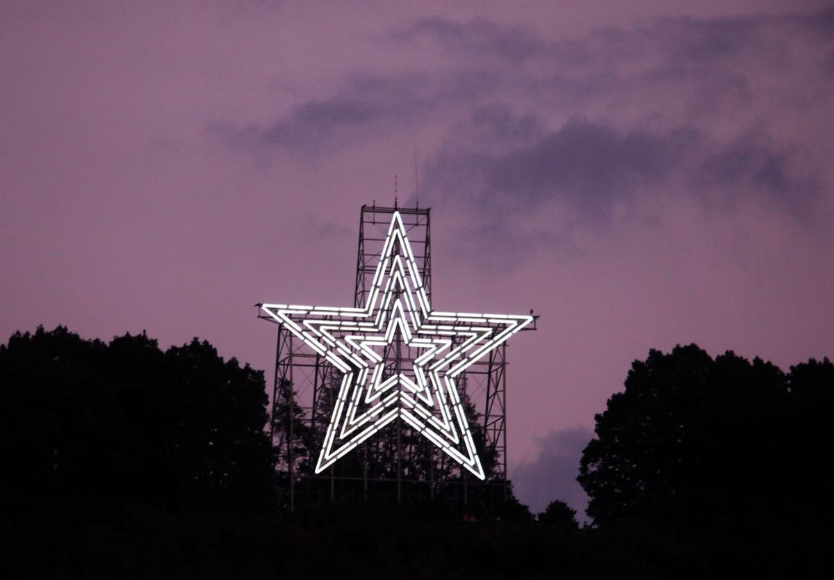 Car Rental Roanoke Va: Neon Lights Made Mill Mountain Star Shine From The Start