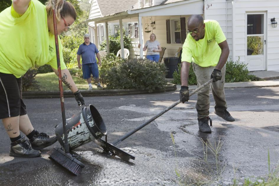 Casey Local Driveway Sealing Crew Does Good Deed For Scammed Dan Roanoke