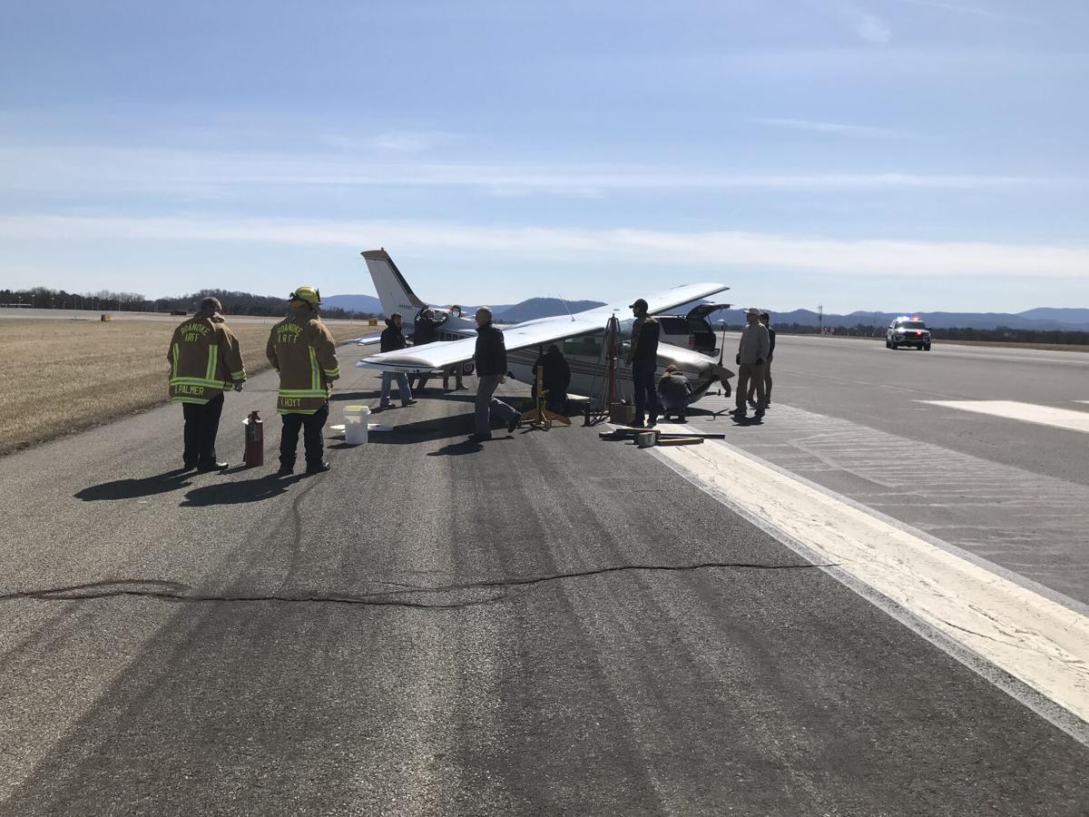 Roanoke-Blacksburg air ort small plane crash