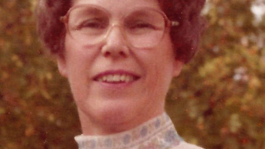 Hodges, Dorothy Qualls