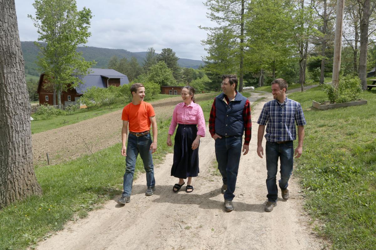 mg nrcc Amish grad 050917