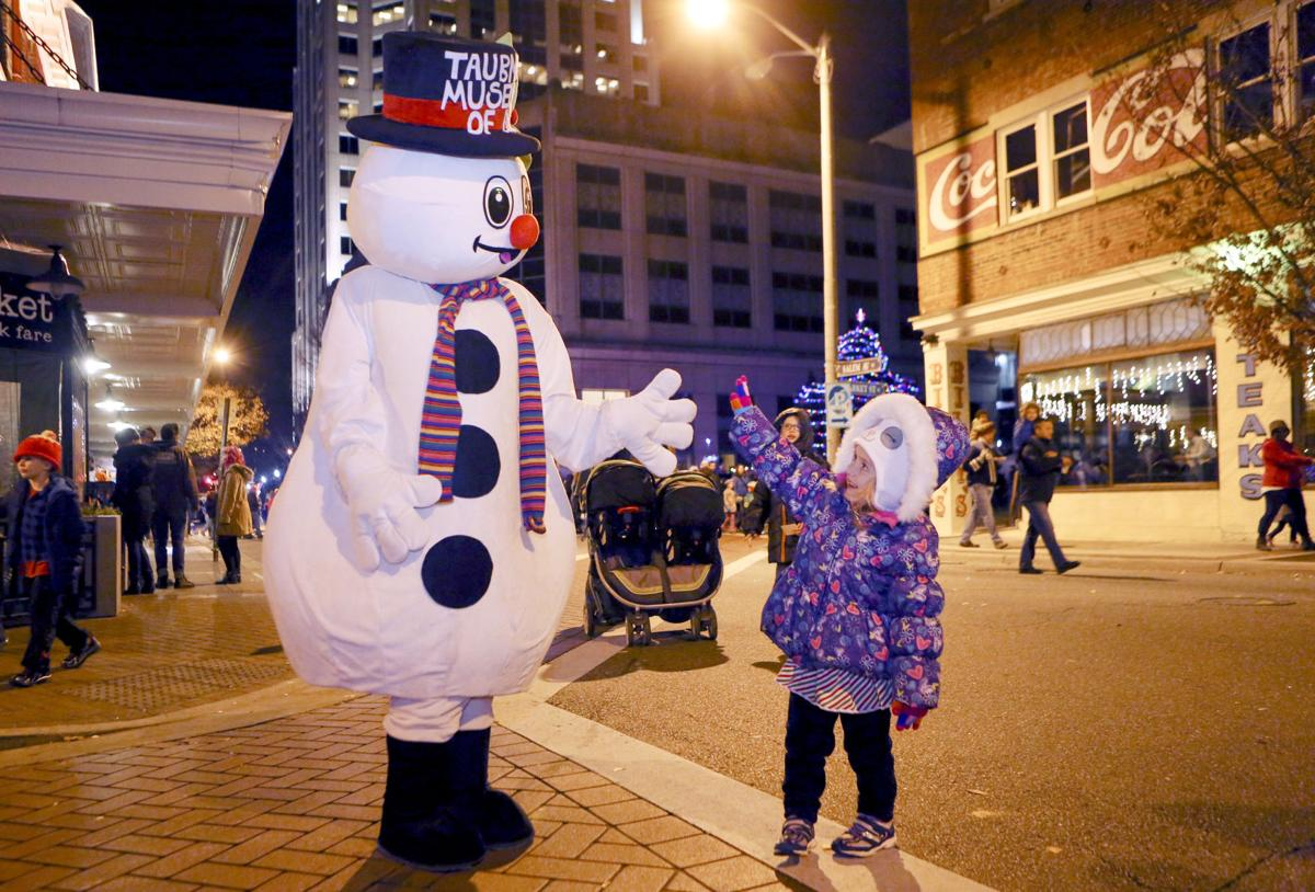 dickens of a christmas celebrates 35th with new carnival