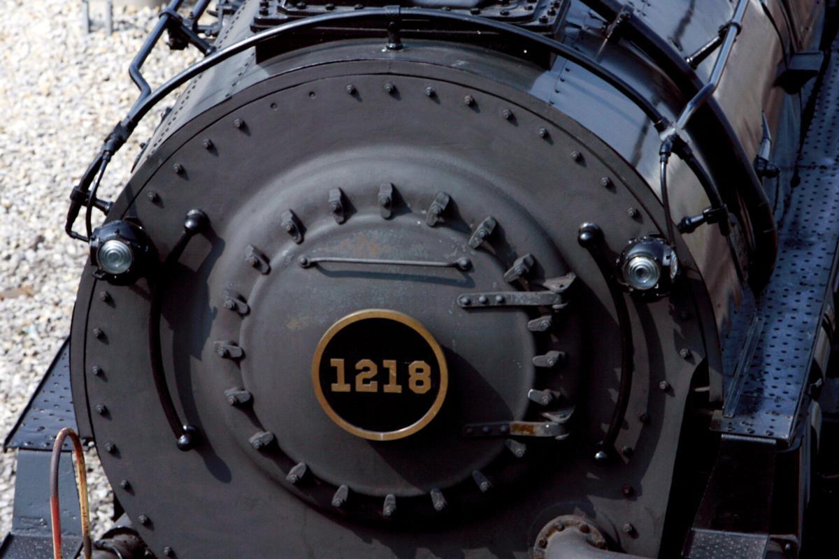 1218 steam locomotive (copy)