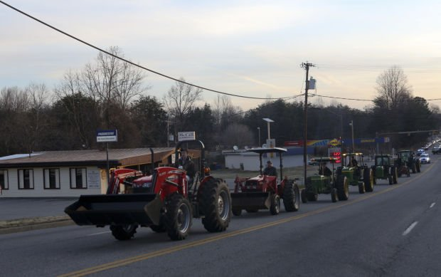 Tractor Day Lets Franklin County Students Pride Roll Franklin