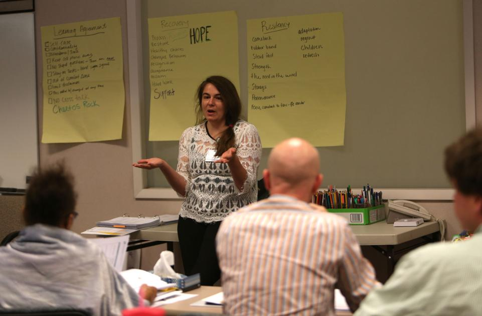 Roanoke peer backing training puts people recovering from intemperance