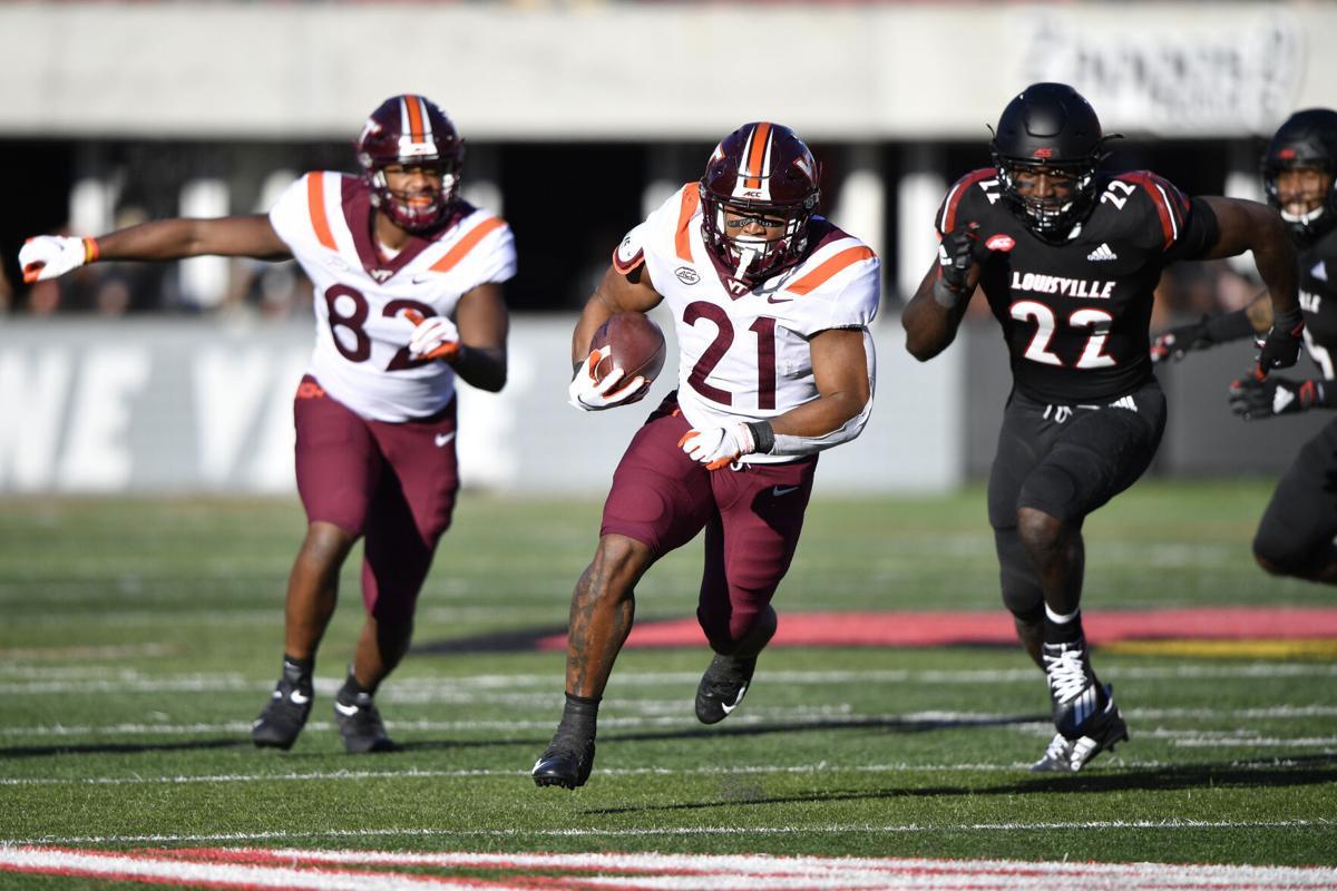 Virginia Tech Football Fends Off Louisville S Furious Comeback Attempt For Bounce Back Win Virginia Tech Roanoke Com