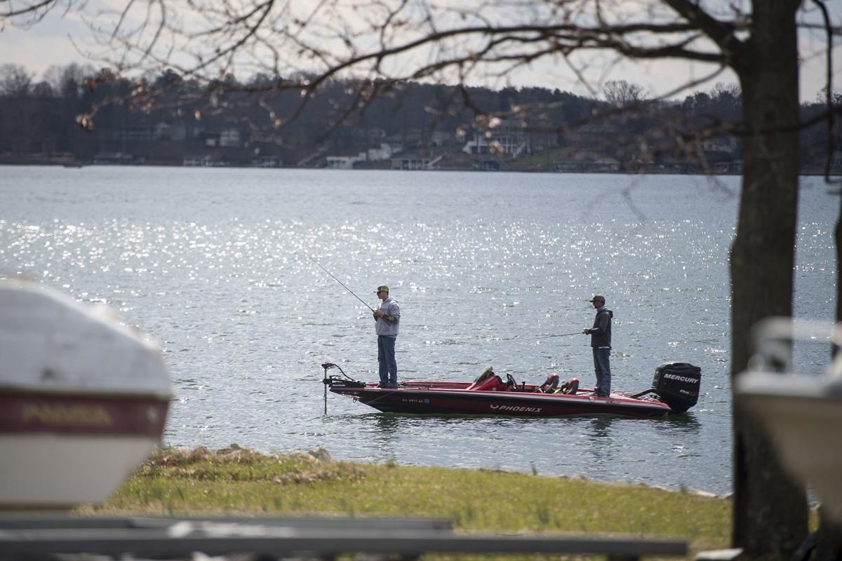 Bill cochran field reports bass tournaments hit by rash for Bass fishing yard sale